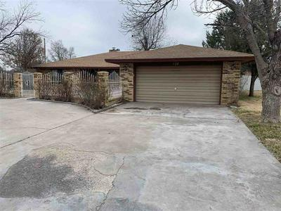 728 THREE CROSS DR, ROSWELL, NM 88201 - Photo 2