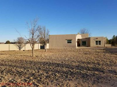 2407 MOORE DR, Roswell, NM 88201 - Photo 2