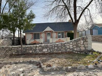 706 W 11TH ST, Roswell, NM 88201 - Photo 1