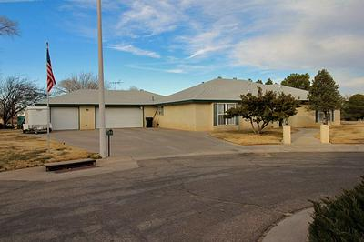11 ROBINS NEST PL, Roswell, NM 88201 - Photo 2