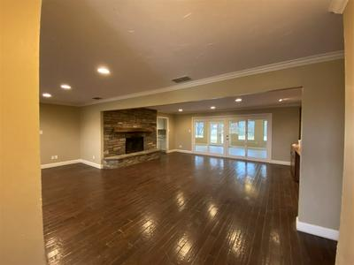3937 SPRING BRANCH DR, Roswell, NM 88203 - Photo 2
