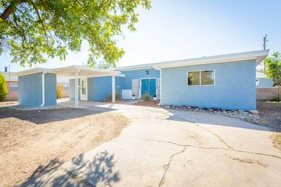 1102 BAYLOR AVE, Roswell, NM 88203 - Photo 2