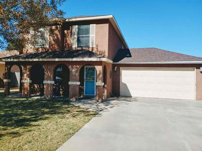 1307 SUNSET PL, Roswell, NM 88203 - Photo 2
