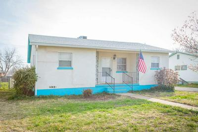 1008 W MATHEWS ST, ROSWELL, NM 88203 - Photo 2