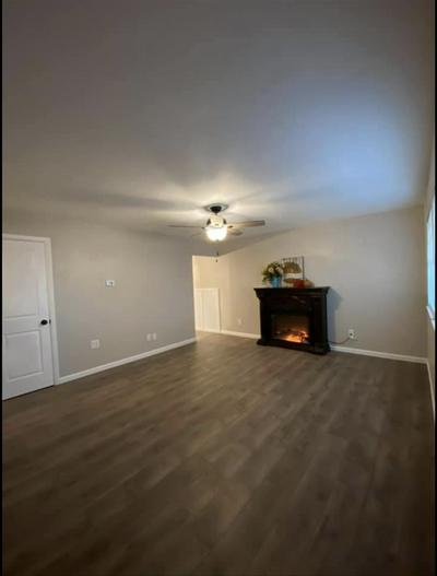 602 S ASPEN AVE, Roswell, NM 88203 - Photo 2