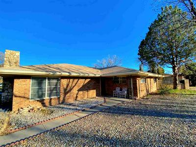 2209 FULKERSON DR, ROSWELL, NM 88203 - Photo 1