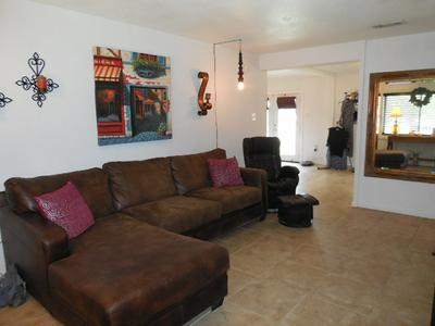 909 N BEECH AVE, Roswell, NM 88201 - Photo 2