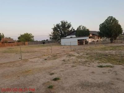 1801 S CAHOON AVE, Roswell, NM 88203 - Photo 2