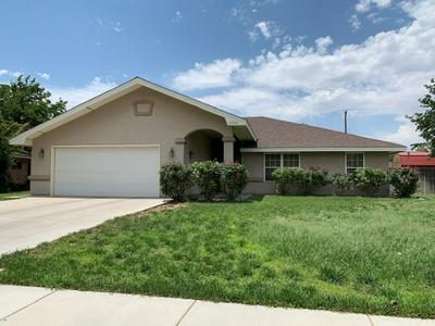 2304 CARVER DR, Roswell, NM 88203 - Photo 1