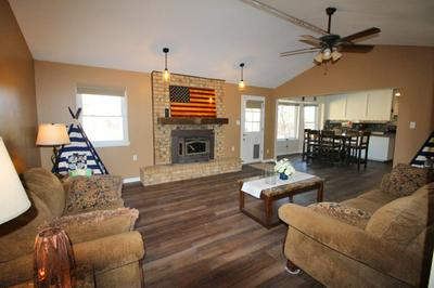 801 PEARSON DR, ROSWELL, NM 88201 - Photo 2
