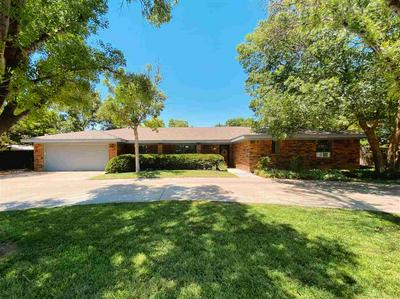 701 THREE CROSS DR, Roswell, NM 88201 - Photo 1