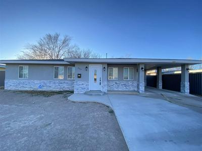 404 S SYCAMORE AVE, Roswell, NM 88203 - Photo 1