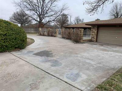 728 THREE CROSS DR, Roswell, NM 88201 - Photo 1
