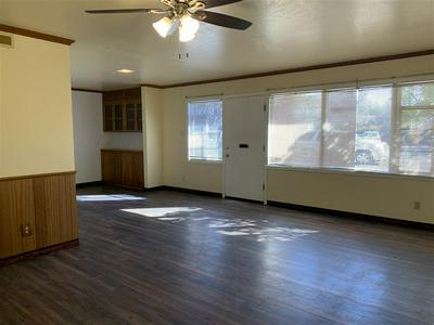 807 N PLAINS PARK DR, Roswell, NM 88203 - Photo 2