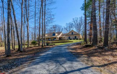 134 YARROW LN, Fincastle, VA 24090 - Photo 2