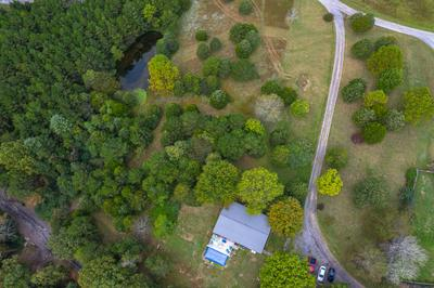 60 MAIDEN LN, Fincastle, VA 24090 - Photo 2