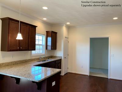 2012 HEYS LN, Vinton, VA 24179 - Photo 2