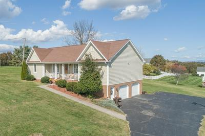 1052 COUNTRY CLUB RD, Troutville, VA 24175 - Photo 2