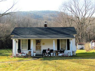 1372 GOODWIN AVE, Salem, VA 24153 - Photo 1