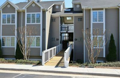 295 S POINTE SHORE DR APT 105, Moneta, VA 24121 - Photo 2