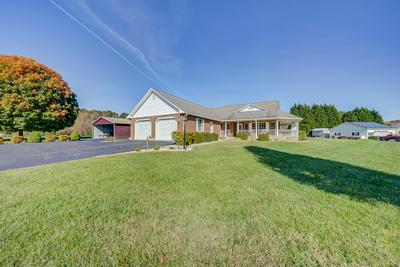 1239 SHOREVUE CIR, Hardy, VA 24101 - Photo 2