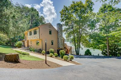325 INDIAN POINTE DR, Hardy, VA 24101 - Photo 1