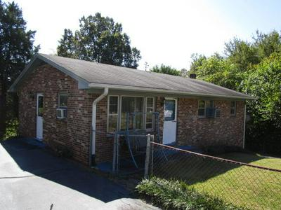 319 FELLOWSHIP DR, Martinsville, VA 24112 - Photo 2