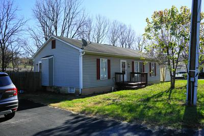 14 S FACTORY ST, Fincastle, VA 24090 - Photo 2