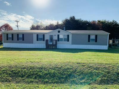 247 HIGH POINT RD, Moneta, VA 24121 - Photo 1