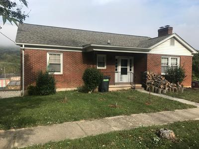 497 BOYD ST, Buchanan, VA 24066 - Photo 1