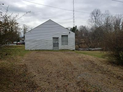1213 CHATHAM HEIGHTS RD, MARTINSVILLE, VA 24112 - Photo 2
