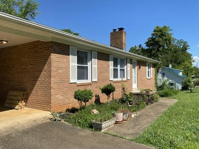 279 SPRING GARDEN LN, Bassett, VA 24055 - Photo 2