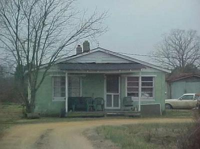 1011 NC HIGHWAY 561 W, Aulander, NC 27805 - Photo 1