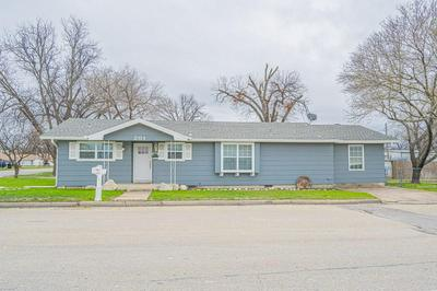 201 W COLLEGE ST, Sonora, TX 76950 - Photo 1