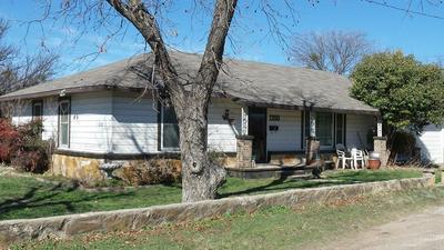 1200 N 10TH ST, BALLINGER, TX 76821 - Photo 1