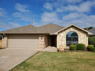 709 DURHAM CT, San Angelo, TX 76901 - Photo 2
