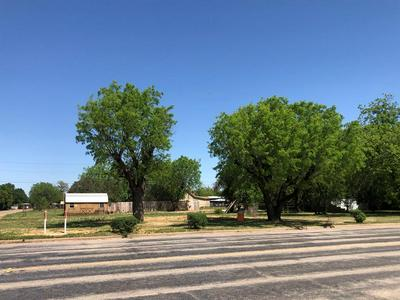 401 S STATE ST, Bronte, TX 76933 - Photo 1