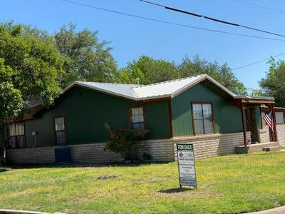 1106 COUCH ST, Ozona, TX 76943 - Photo 1