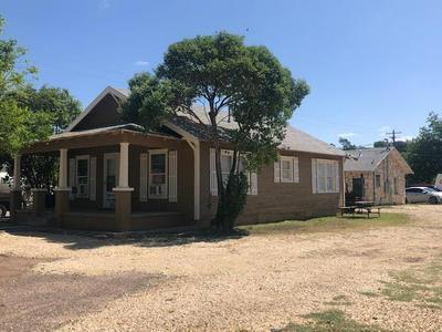 501 AVENUE G, Ozona, TX 76943 - Photo 1
