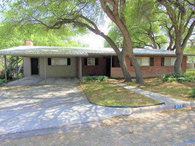 205 MURPHY AVE, Sonora, TX 76950 - Photo 1