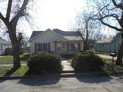 1003 N 8TH ST, BALLINGER, TX 76821 - Photo 2
