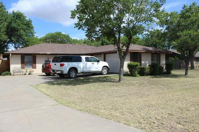 1000 COUNTRY CLUB RD, Ballinger, TX 76821 - Photo 2