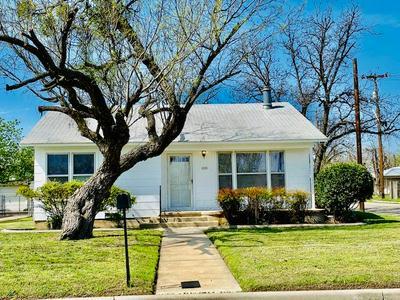 1015 N VAN BUREN ST, SAN ANGELO, TX 76901 - Photo 1