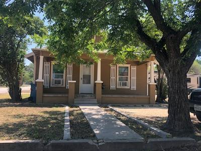 501 AVENUE G, Ozona, TX 76943 - Photo 2