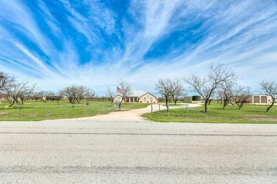 584 BLACK BEAR LN, SAN ANGELO, TX 76901 - Photo 2