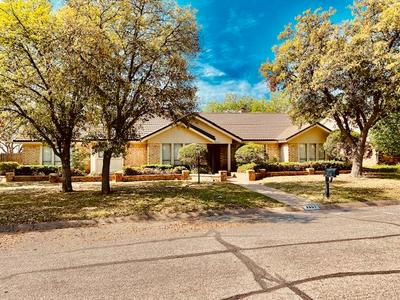 3801 HILLCREST DR, SAN ANGELO, TX 76904 - Photo 1