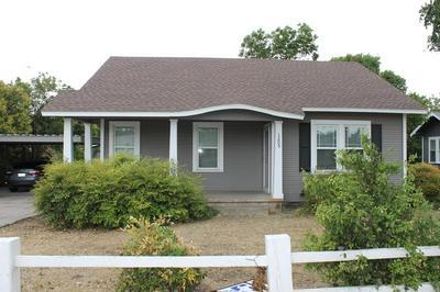 1205 N BROADWAY ST, BALLINGER, TX 76821 - Photo 1