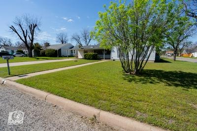 2202 W AVENUE K, SAN ANGELO, TX 76901 - Photo 2