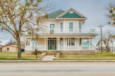 1409 N BROADWAY ST, BALLINGER, TX 76821 - Photo 1