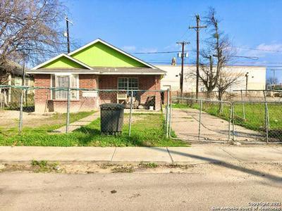 1919 W LAUREL, San Antonio, TX 78201 - Photo 1